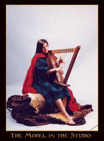 Carmen-w-Celtic harp.jpg (41167 bytes)